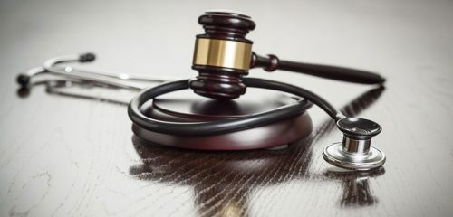 Mal de Asclepio o Síndrome Judicial Médico | Hernán Urbina Joiro