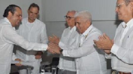 Urbina Joiro ascendido en Academia de Historia de Cartagena de Indias