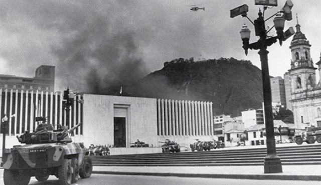 Los fuegos al Palacio de Justicia | Crónica de ese noviembre de 1985