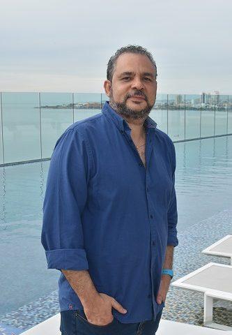 Jueves#TBT | POEMA 128 | Cartagena en mí (I) | Hernán Urbina