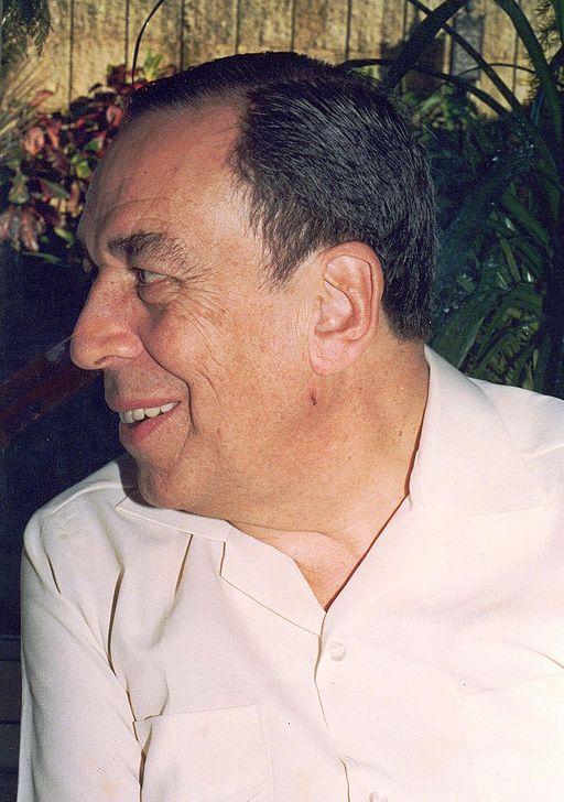 Hernán Urbina Joiro Poema 103 Álvaro Gómez Hurtado 1995
